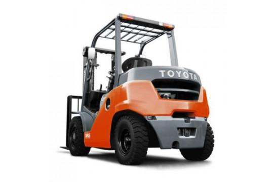 Шины для дизельного/газобензинового погрузчика Toyota 02-7FDK40 / 02-7FGK40